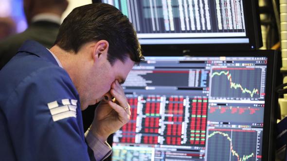 Почему рынки во время кризиса падают на 50%
