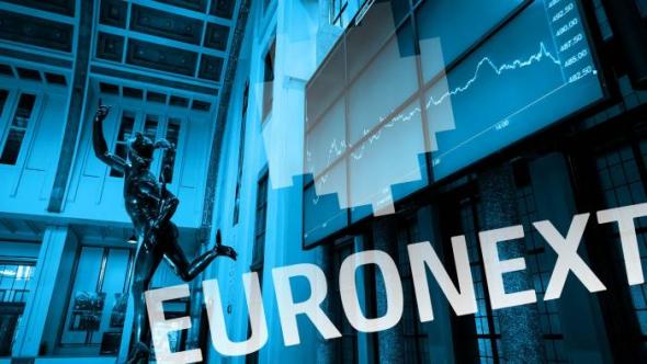 Амстердам вытесняет Лондон и становится главным центром торговли акциями в Европе.