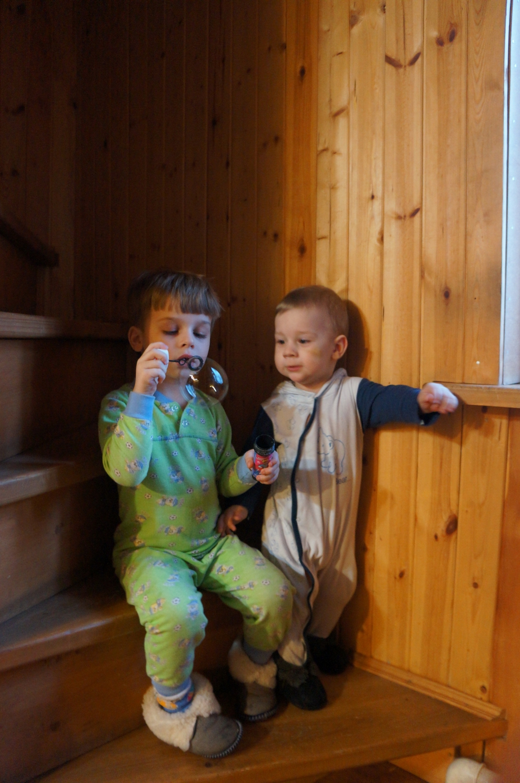 Два мальчика трахаются друг с другом фото 720-664