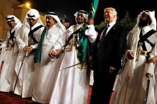Трамп не отвечает за базар.