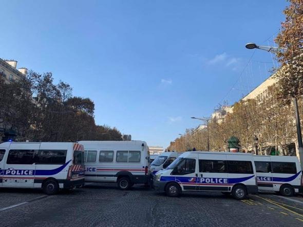 Бунт во Франции : сотни раненых и задержанных
