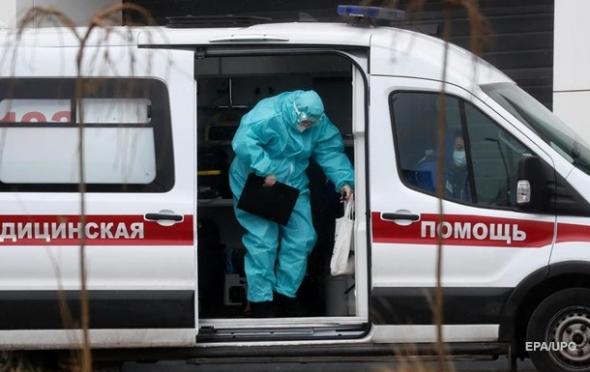 Пока в РФ вторые сутки к ряду антирекорд смертности от COVID, вакцинированные Спутником медики продолжают заражаться